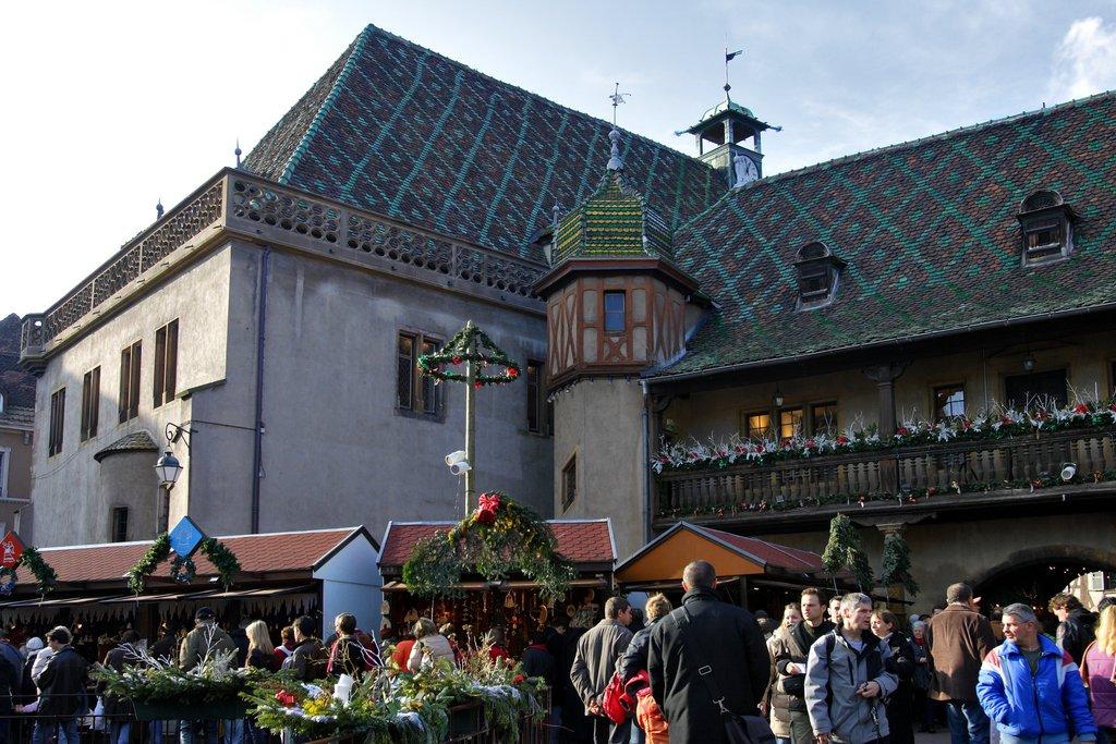 Koïfhus et marché de Noël, place de l'Ancienne Douane